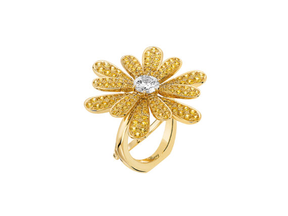 Poiray Flower Poiray ring mounted on yellow gold with one diamond and yellow sapphires