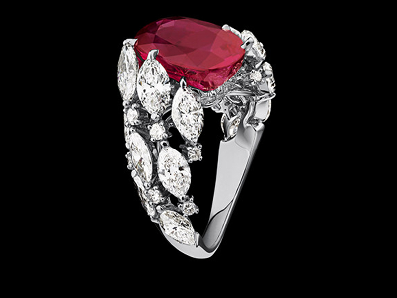 1- Alexandre Reza: Twist Ruby Ring Not only Alexandre Reza's pieces of jewelry are mounted with exceptional if not unique stones, the Twist Ruby ring is made of an unheated Burmese oval-shaped ruby worth 7.03 carats. 4.41 carats of twisted marquise-cut diamonds and 0.41 carats worth brilliant-cut diamonds are mounted on the ring around the central stone.