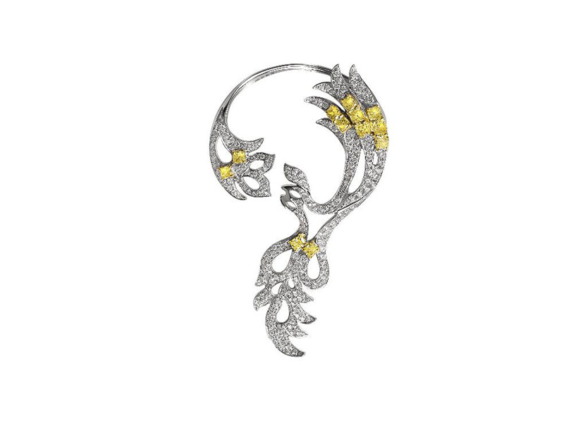 Marijoli Aya Collection - Earcuff set on white and yellow gold with white brilliants cut in micropave set and yellow diamonds in basket set. Total 215 round brilliants - 1.699ct Total 12 colored diamonds - 1.514ct - 18'325 Euros