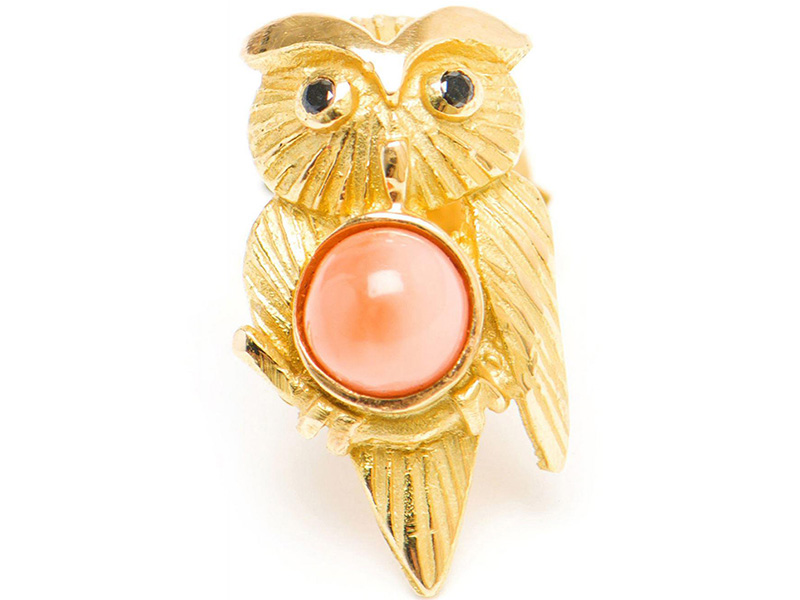 PUCE HIBOU CORAIL OR JAUNE Yvonne Leon 18ct yellow gold earring 1,9gr approx. 0,02ct approx. black diamonds, Coral 5/5,5 Alpa system