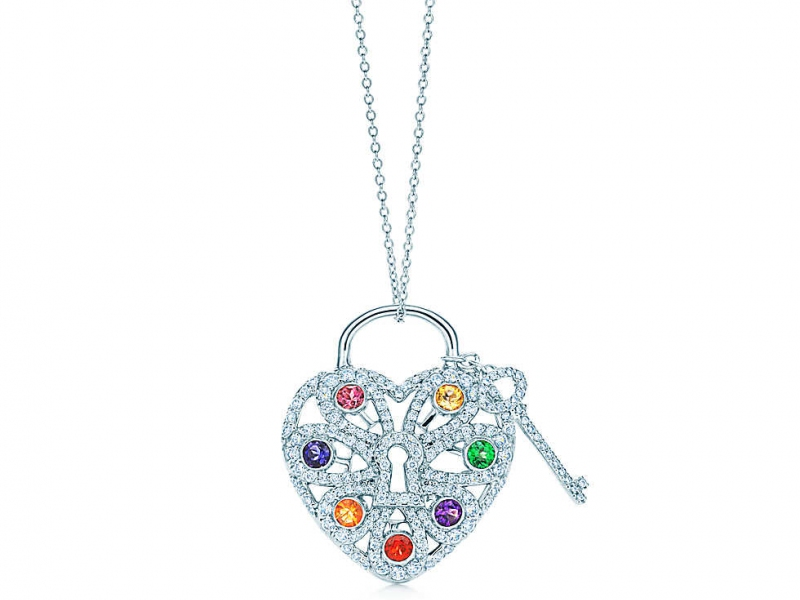 4-A Tiffany's heart paved with diamonds and colored stones will be effective right at breakfast!(~ 7'500 Euros)