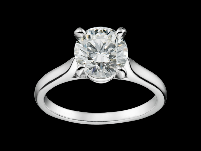 1- Cartier: a timeless and elegant diamond solitaire mounted on platinum with a size-size ranging from 0.23 to 5 carats!