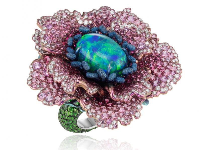 Chopard unveils Fleurs d'Opale pink green