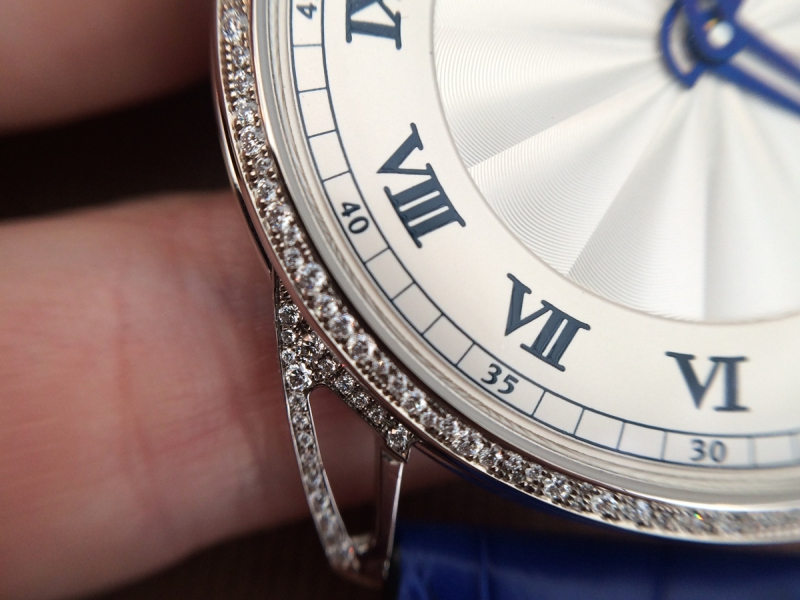 De Bethune DB25 Snow-White with diamonds