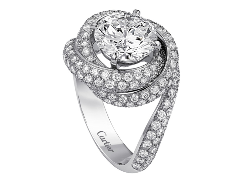 Cartier Trinity ruban mounted on platinum and diamonds