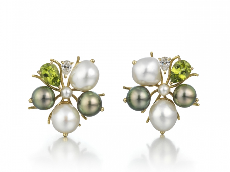 Jane Sarginson Earrings, Floret Collection, 18ct gold with dark and white pearls peridots and diamonds / Images © The Goldsmiths' Company. Photography by Richard Valencia