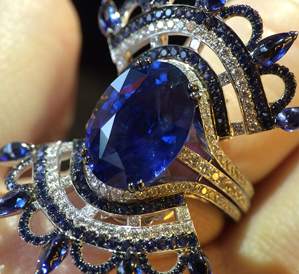 John Rubel A tribute to George Bizet with the Blue Carmen ring - a unique piece set with a 13 carats unheated sapphire