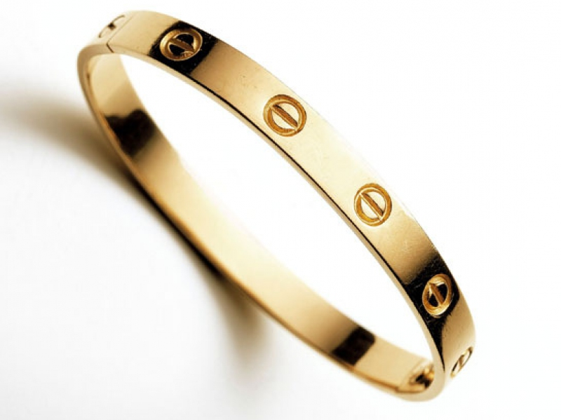 Cartier LOVE bracelet ~ 5'300 Euros - for the original version in yellow gold