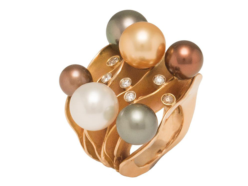Maurizio Pintaldi Pink gold ring with black, pink and white pearls