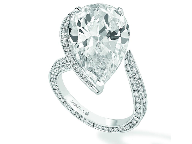 Messika Pear-shaped diamond solitaire