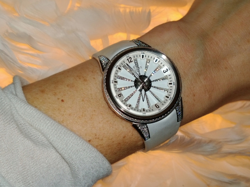Perrelet XS Turbine in diamonds white watch