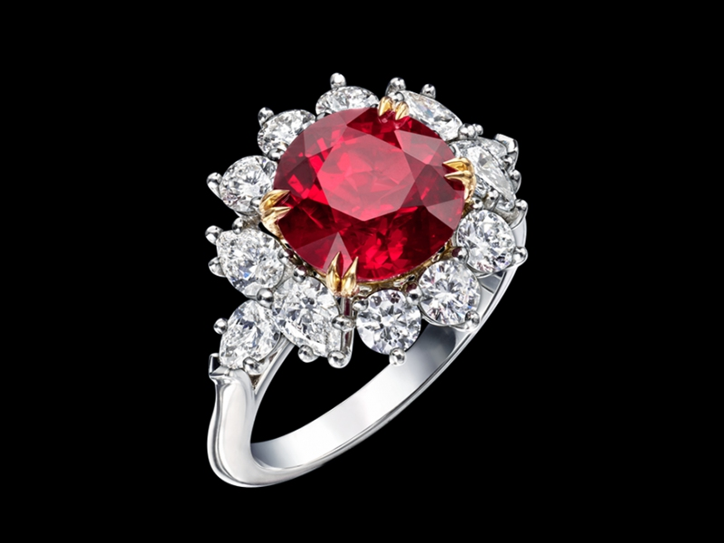 Harry Winston round brilliant ruby and diamond ring set in platinum