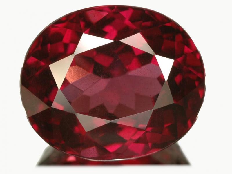 Rhodolite gemstone