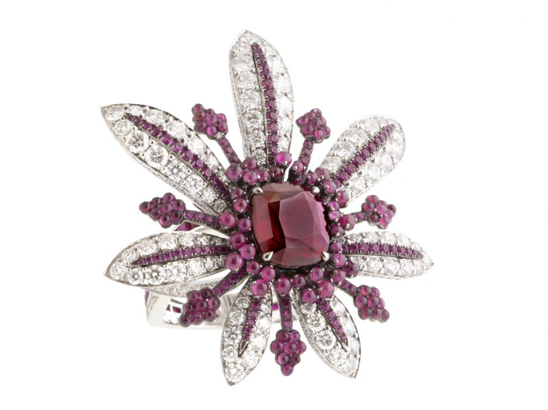 John Rubel Vies de Boheme Collection - La Divine ring set with a 4.03 Carat Ruby from Mozambique