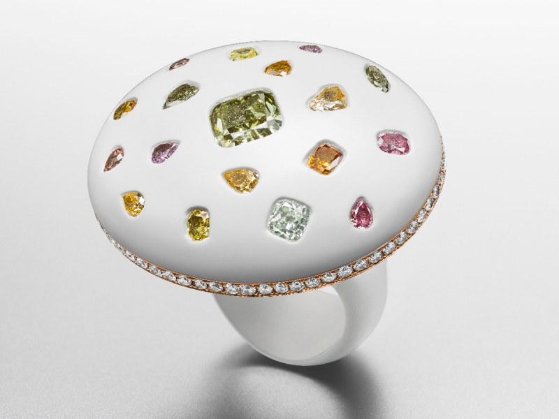 Sex on the Beach' Ring in enamel and pink gold set with one fancy deep grayish yellowish green diamond, fancy mixed color diamonds and diamonds.