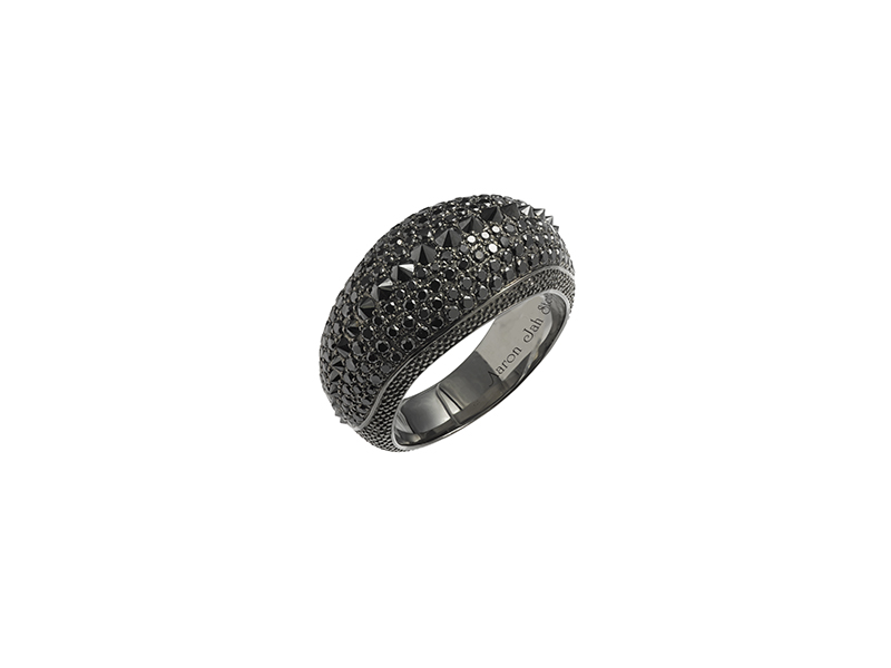 Aaron Jah Stone Stingray ring set on silver with black diamonds