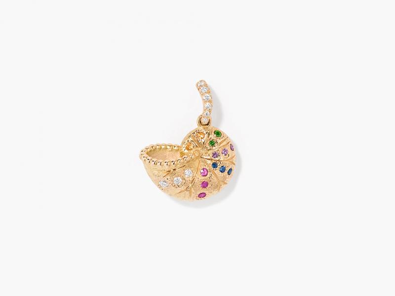 Aurélie Bidermann Nautilus mini charm pendant mounted on yellow gold with multicolored sapphires