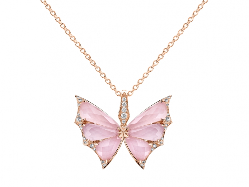 3-Stephen Webster known as the rock'n'roll jeweler confirmed his status with his crystal haze butterfly pendant in gold, diamonds and pink opal! (~ 5000 Euros)
