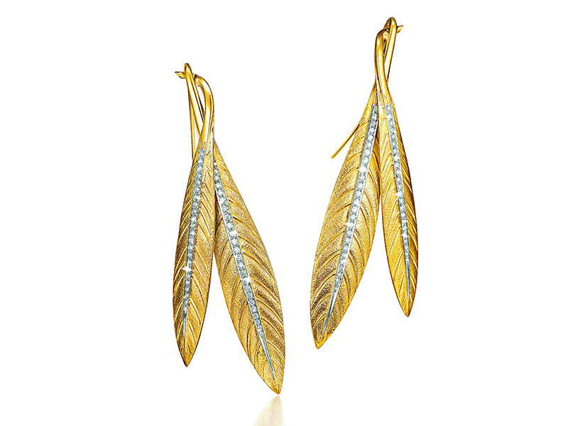 TIARA FEATHER EARRINGS diamond, platinum and gold, Verdura