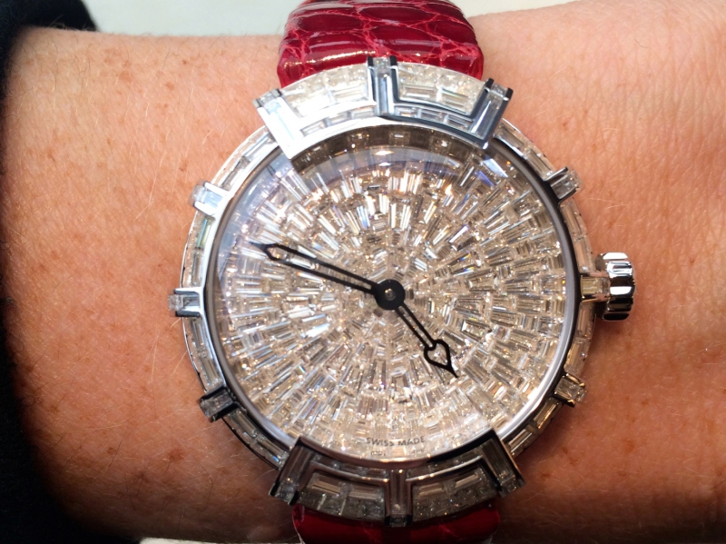 De Witt presented the unique Marie-Clotilde diamond timepiece with an inverted setting.