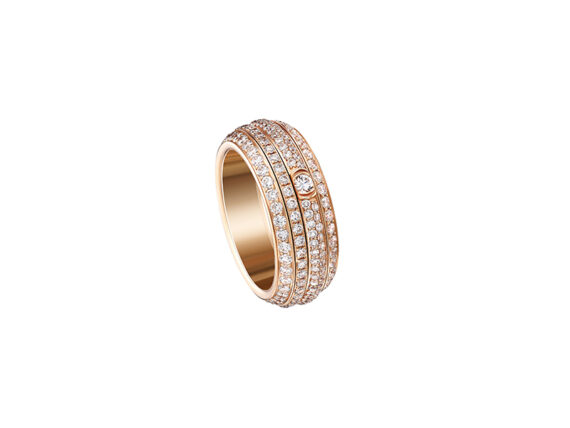 Piaget Possession ring mounted on rose gold with white diamonds