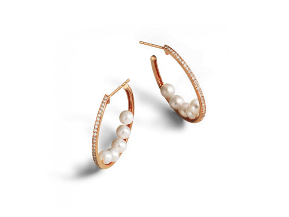 Bucherer - Pearls earrings mounted on rose gold with 10 pearls and 70 diamonds