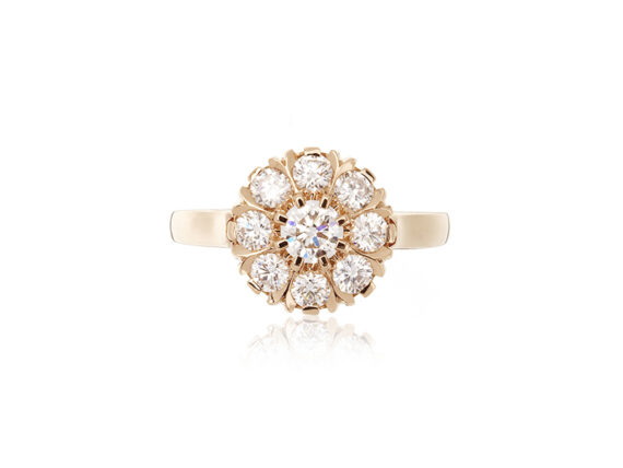 Virginie David Marguerite ring mounted on rose gold with 9 brilliant cut diamonds