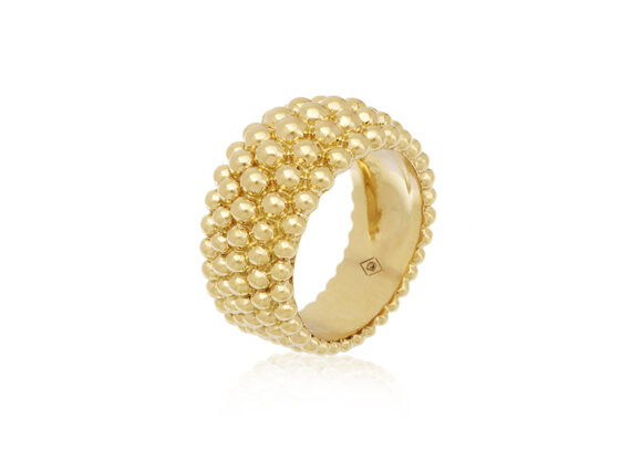 Virginie David Colette ring mounted on yellow gold