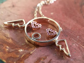 A jewelry smile: fun and affordable thanks to Ruifier