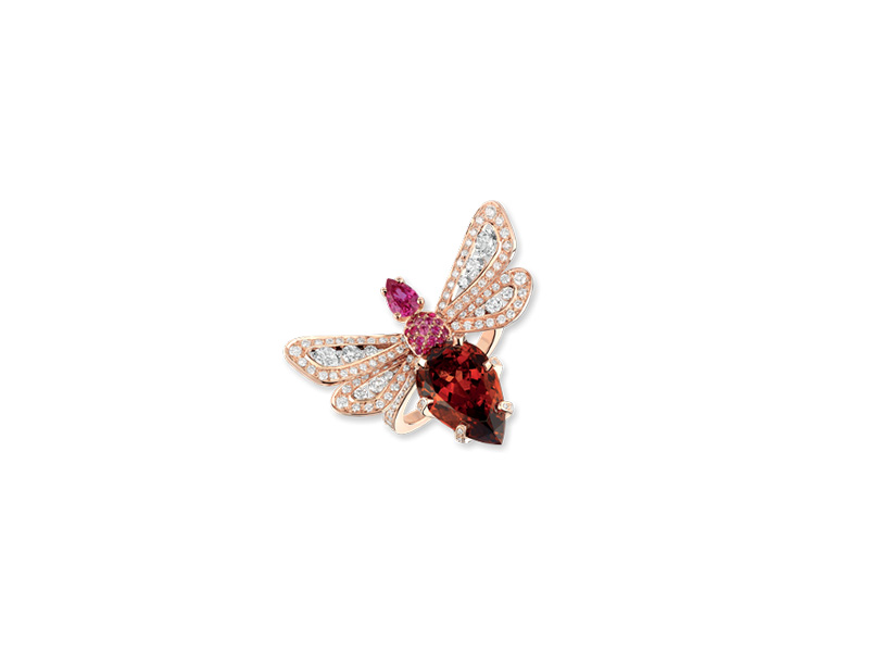 "Chaumet Jardins ""Abeille"" ring mounted on rose pink set with diamonds, pink sapphires with a pear-shaped pink sapphire and a pear-shaped malaya garnet"