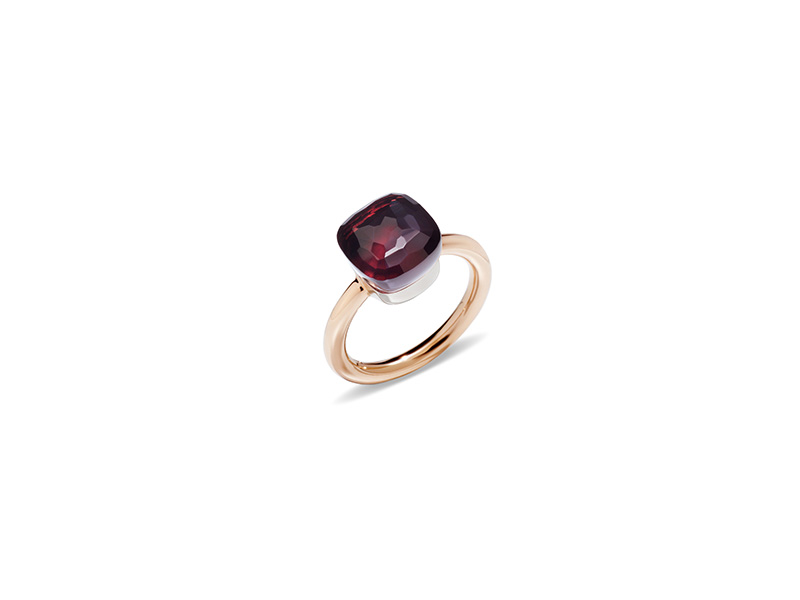 Pomellato Nudo ring mounted on rose gold with garnet