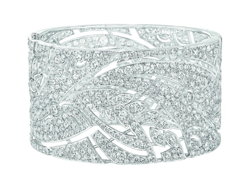 Chanel Champ de Blé cuff mounted on white gold set with 869 brilliant-cut diamonds for a total weight of 29.6 carats