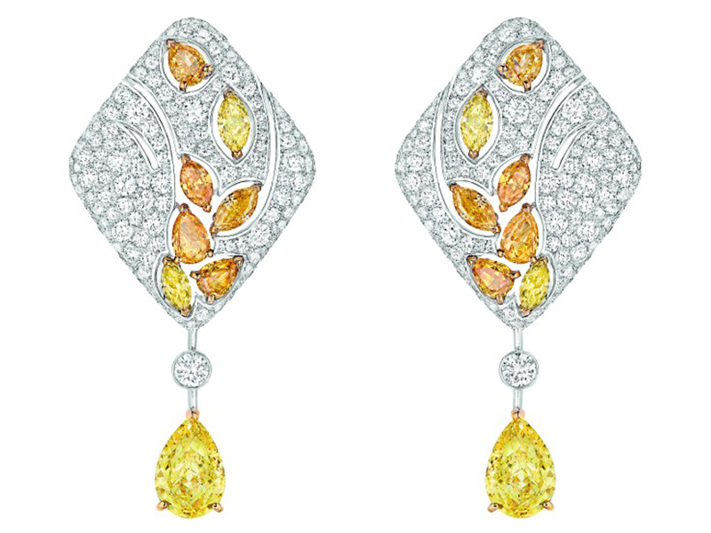 Chanel Impression de Blé earrings mounted on white and yellow gold set with 2 pear-cut fancy intense yellow diamonds, 14 fancy-cut multicolored diamonds and 398 brilliant-cut diamonds