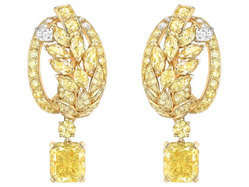 Chanel Fête des Moissons earrings mounted on yellow gold set with 2 radiant-cut fancy intense yellow diamonds, 14 fancy-cut multicolored diamonds, 140 brilliant-cut diamonds, 14 brilliant-cut diamonds and 2 marquise-cut diamonds