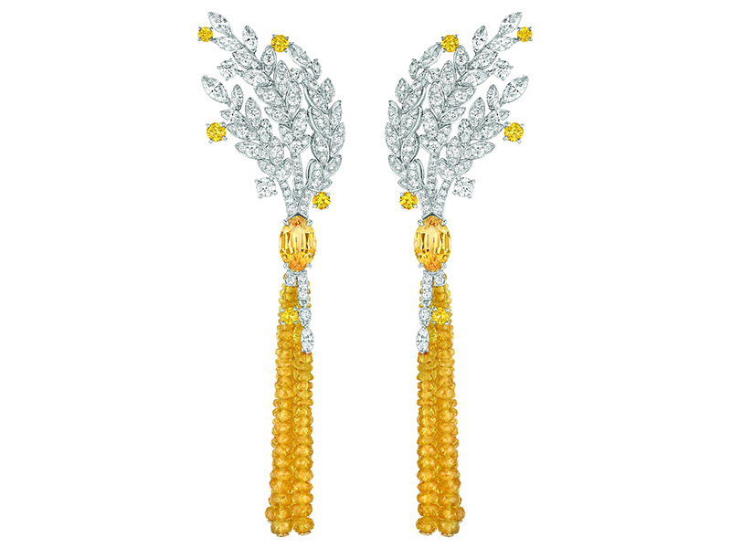 Chanel Moisson d'Or earrings mounted on white and yellow gold set with 2 marquise-cut yellow sapphires for a total weight of 5.7 carats, 10 brilliant-cut yellow sapphires, 26 marquise-cut diamonds, 172 brilliant-cut diamonds and 182 yellow sapphire beads
