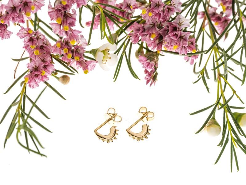 Eli-o Eos Earrings mounted on yellow gold, ~ CHF 640