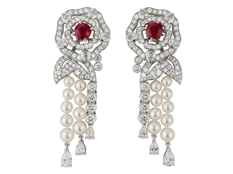 Garrard Earrings mounted on white gold with diamonds, pearls and rubies