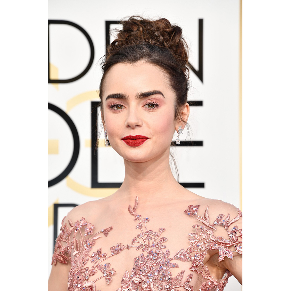 Harry Winston Lily Collins wore Vintage 1967 Winston Cluster Diamond Drop Earrings (8.94 carats) set in platinum