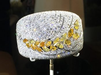 The Wheat battle : a high jewelry symbol used by many