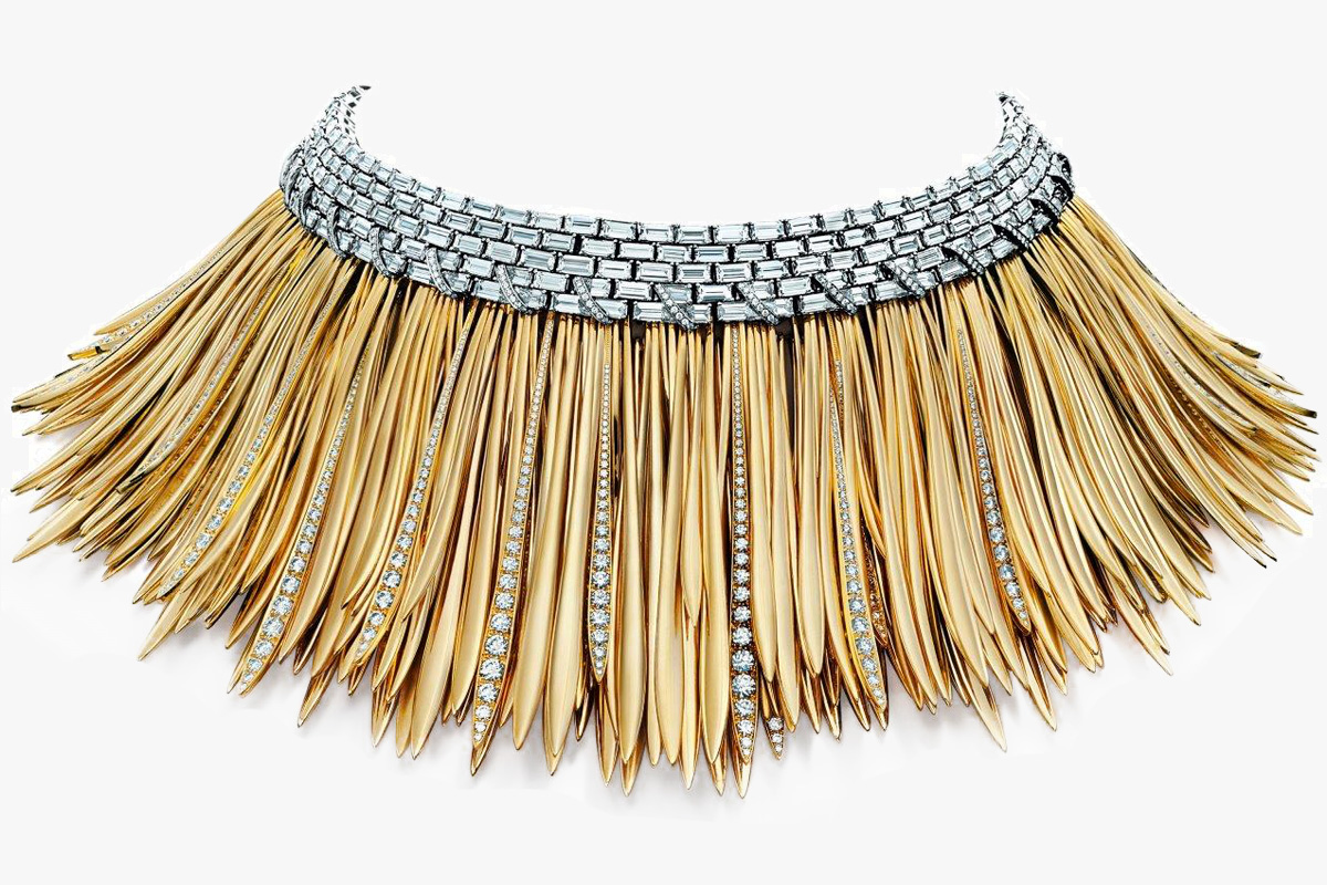 Tiffany & Co. Wild necklace mounted on gold and platinum. Cover : Why Tiffany & Co. is so expensive?