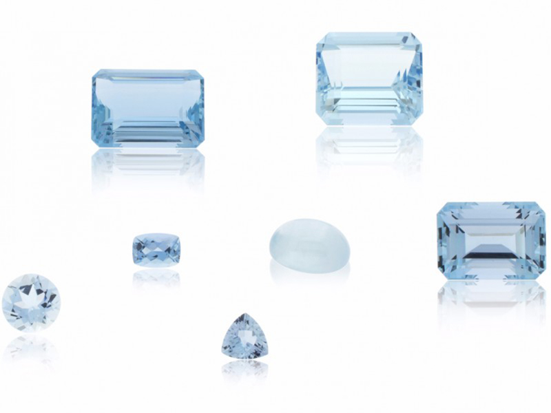 Aquamarine Stones blue