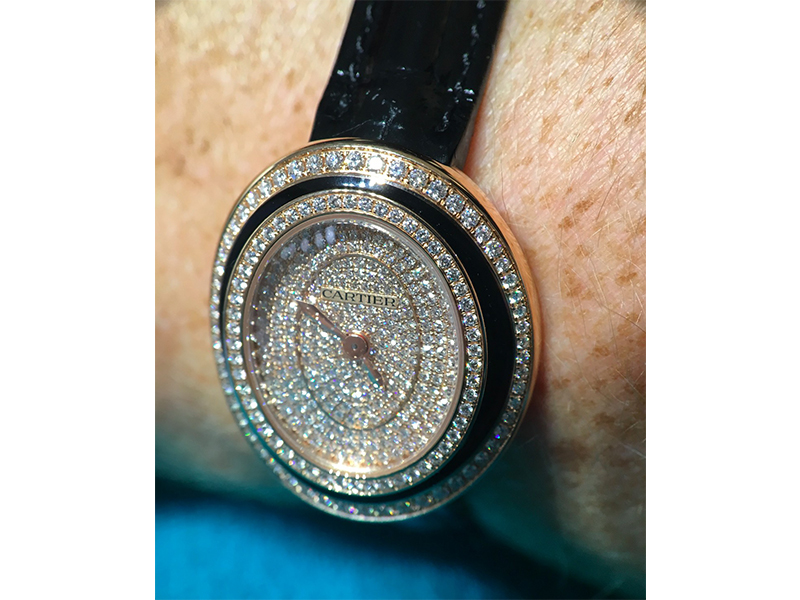 Cartier woman watch diamonds