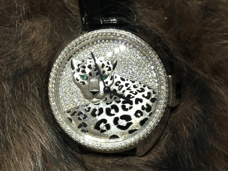 Cartier panthere watch fure diamonds