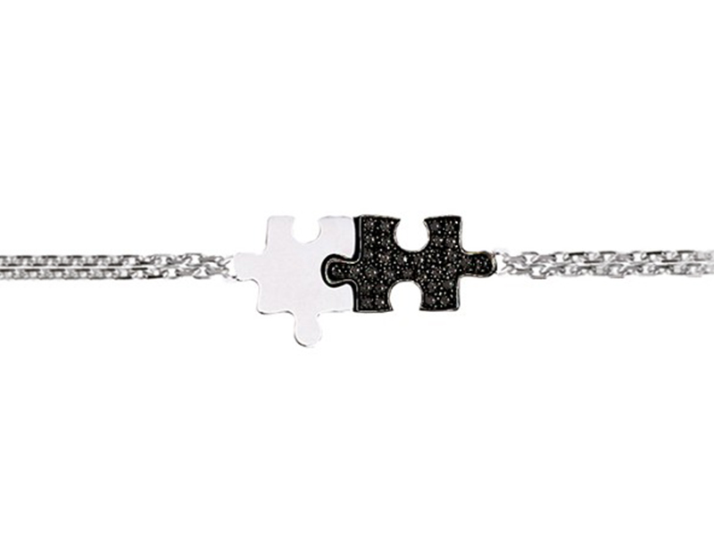 Akillis From Puzzle collection -Bracelet charms puzzle mounted on white gold with black diamonds