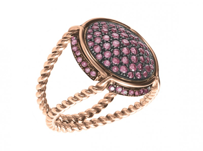 Virginie Carpentier Champagne ring mounted on rose gold with rhodolites