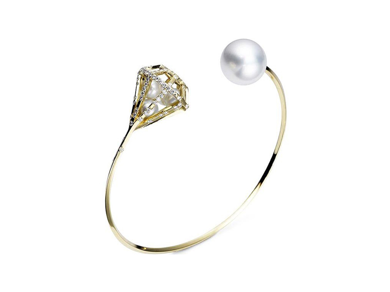 Melanie Georgacopoulos From Couture collection - Couture Diamond Bangle mounted on 18ct yellow gold with white diamonds, white fresh water pearls and 12mm south sea pearl