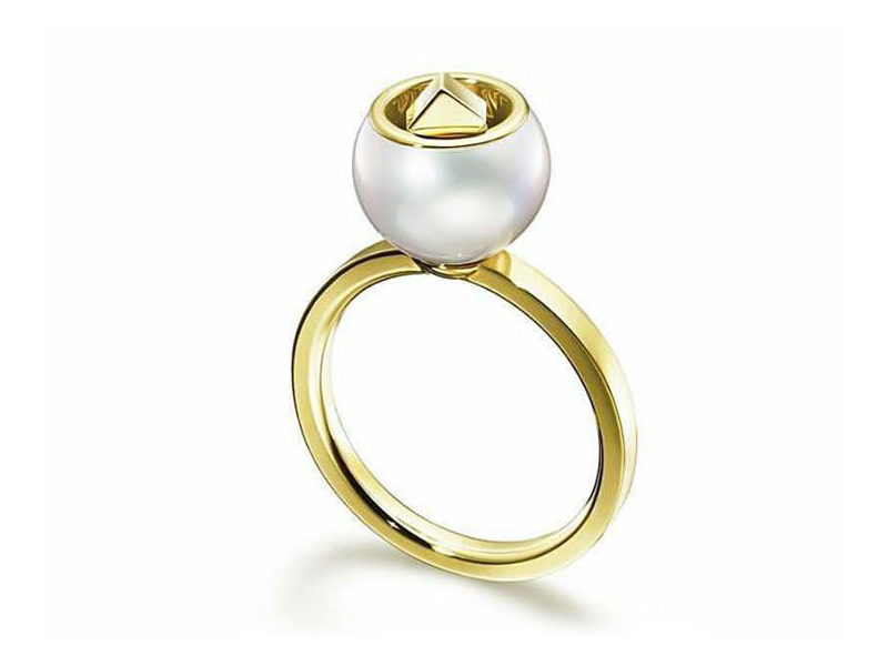 Melanie Georgacopoulos From M/G Tasaki collection - Cubic pearl ring mounted on 18ct yellow gold