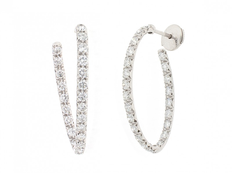 BenGems Earrings mounted on white gold set with 46 white diamonds