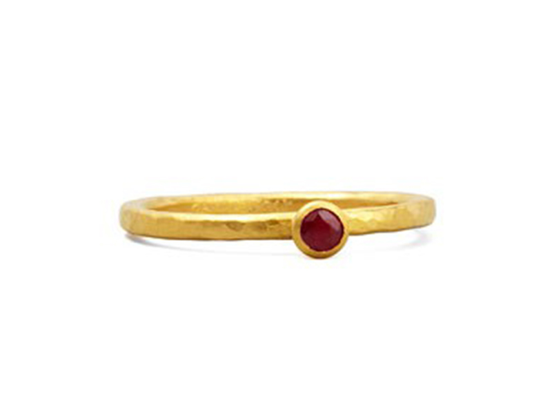 Gurhan Skittle ruby ring mounted on yellow gold ~ USD 1'100