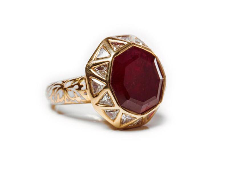 Jade Jagger Ruby & Diamond Octagon Ring ~ 5'500 Euros